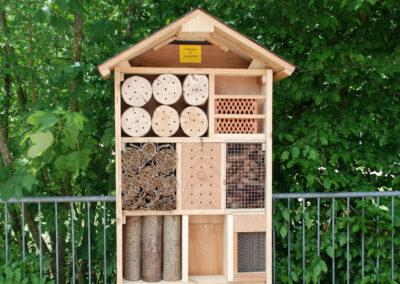Selbstgebautes Insektenhotel